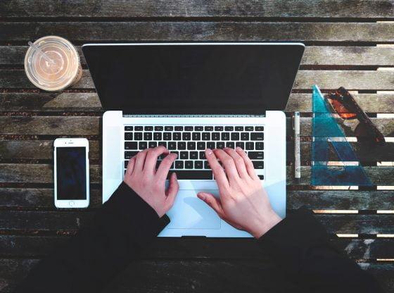 Découvrez le processus rédactionnel à destination du Web